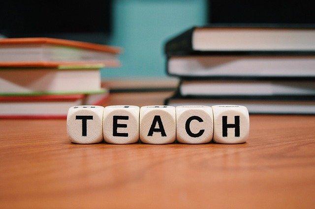 teach-1968076_640.jpg