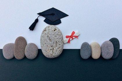 graduation-1449488_640.jpg